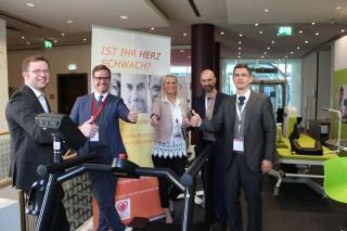 Machen sich stark für die Aufklärung gegen Herzschwäche: Prof. Rolf Wachter, Prof. Martin Halle, Verena Ziska,  Michael Wichert und Prof. Stefan Störk (Foto: Rita Börste/KNHI).